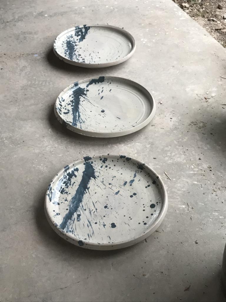 hand painted splash design blue ceramic plate