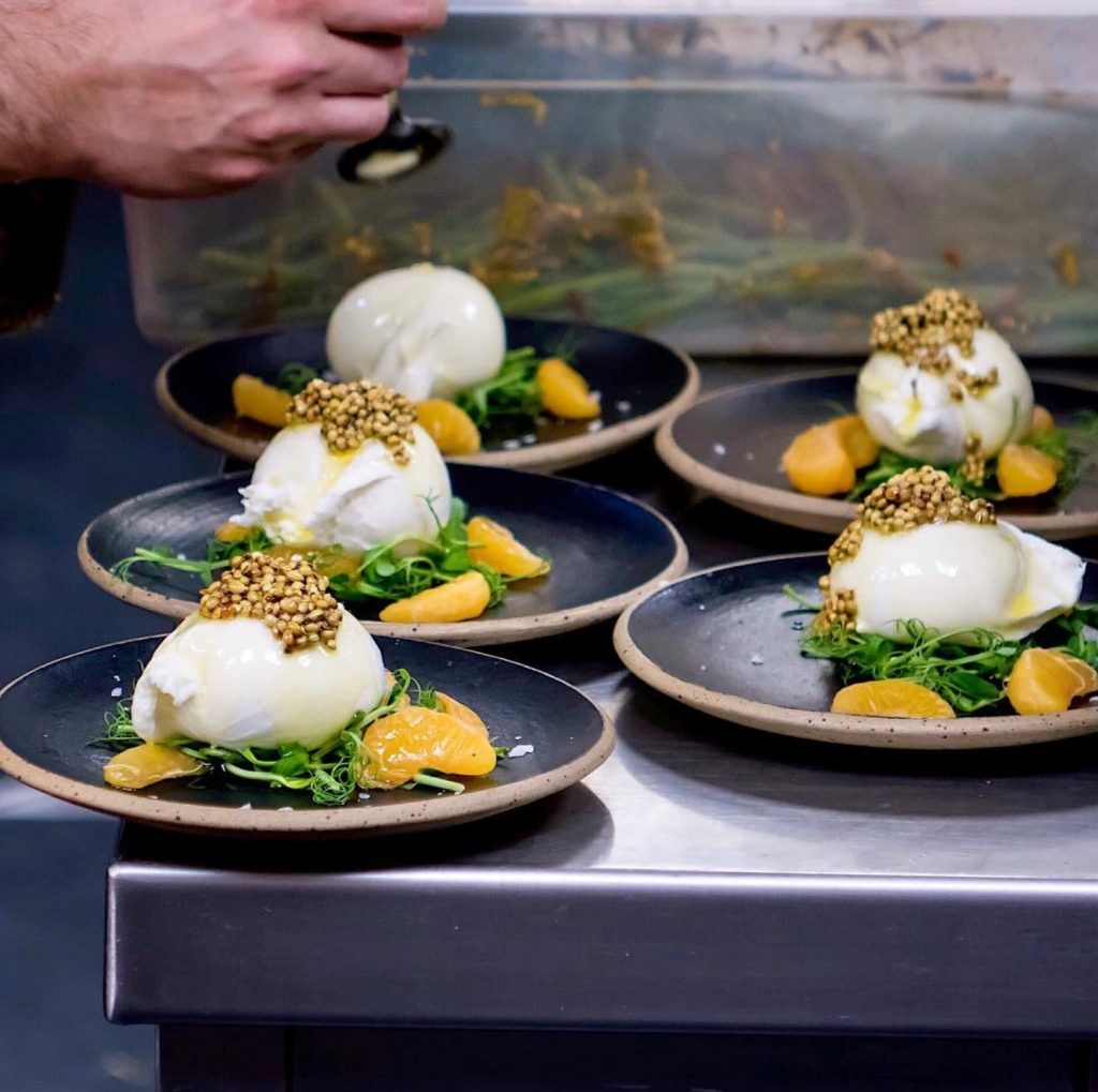 Ceramic Plates Unique Styles Chefs Use In Restaurants Wescover Digest